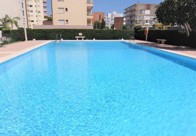 Apartamento en Grao de Gandia - Apartamento con piscina a200 mde la playa