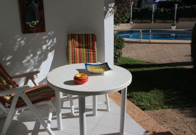 Apartamento en Denia - Apartamento con piscina a50 mde la playa
